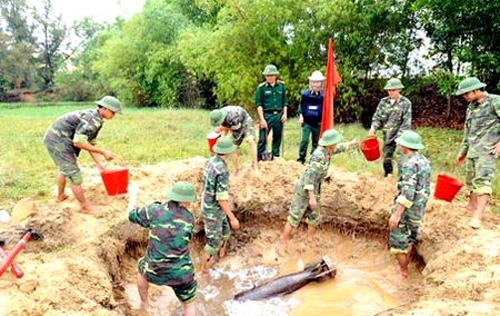 63 tỉnh thành bị ô nhiễm bom mìn, vật nổ sau chiến tranh