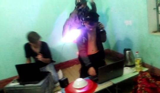 Clip: Lộ diện thánh DJ phòng trọ sinh viên