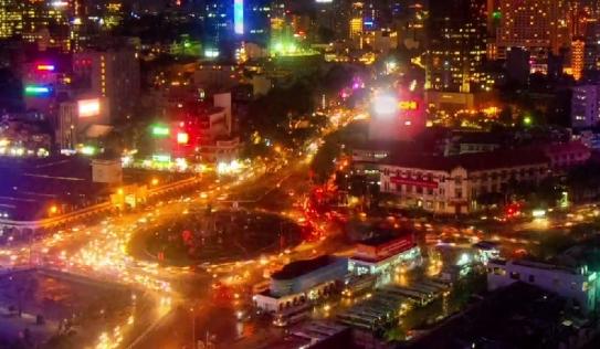 Kinh ngạc clip chuyển động về giao thông Sài Gòn của người nước ngoài