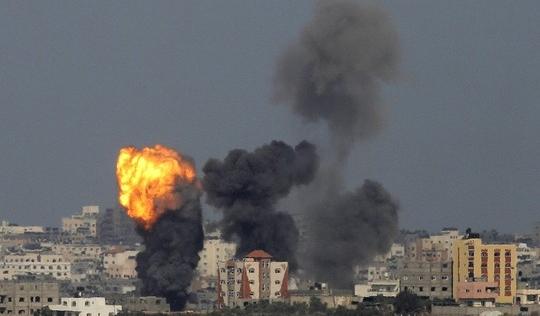 Quân đội Israel tấn công trên bộ vào dải Gaza