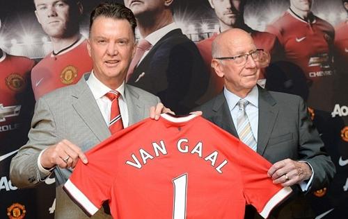Van Gaal khẳng định đưa M.U trở lại vị trí số 1 trong lễ ra mắt