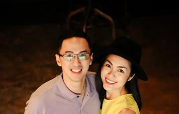Vợ chồng Tăng Thanh Hà giản dị, thân thiện ngoài đời thường