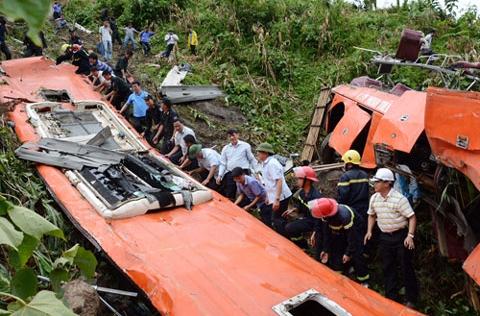 Tai nạn xe khách ở Sa Pa: Kỷ luật Phó Giám đốc Sở GTVT