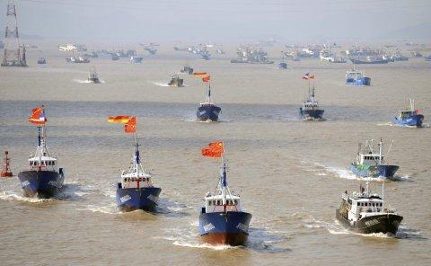 Báo Nhật: Trung Quốc dùng chiến thuật tàu cá 'gặm nhấm' Senkaku