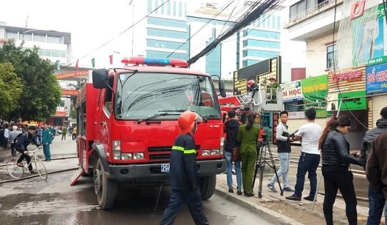 Hỏa hoạn tại nhà hàng trên đường Nguyễn Quý Đức