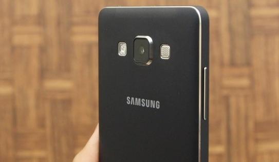 6 mẫu smartphone tầm trung giúp bạn chụp ảnh đẹp hơn trong đêm Giao thừa