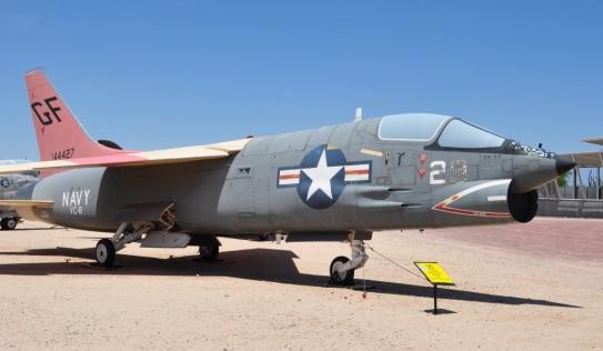 Phi công Mỹ kể lại lần thoát chết khi gặp máy bay Mig Việt Nam