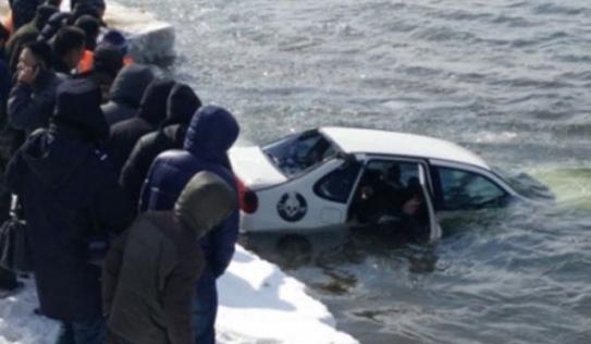 Phát hiện thi thể đôi nam nữ ôm nhau trong ô tô trôi trên sông