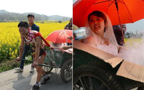 Đám cưới có một không hai, chú rể bán nude kéo xe bò đón dâu