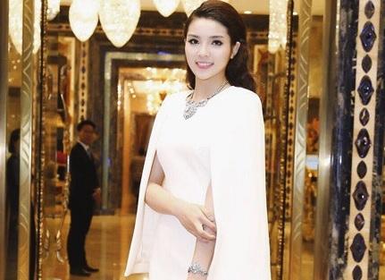 Hoa hậu Nguyễn Cao Kỳ Duyên: 'Hành trình vịt hóa thiên nga' ngoạn mục