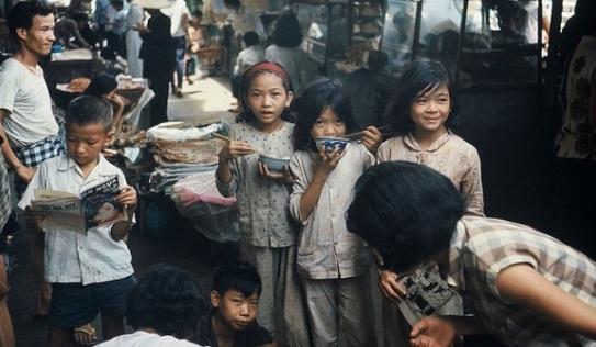 Cộng đồng mạng mê mẩn với bộ ảnh Sài Gòn xưa cực đẹp