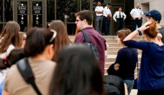 Nhà Trắng, Bộ Ngoại giao Mỹ rối loạn vì mất điện