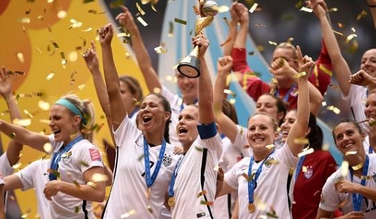 Vùi dập Nhật Bản, tuyển nữ Mỹ đăng quang ngôi vô địch World Cup nữ 2015