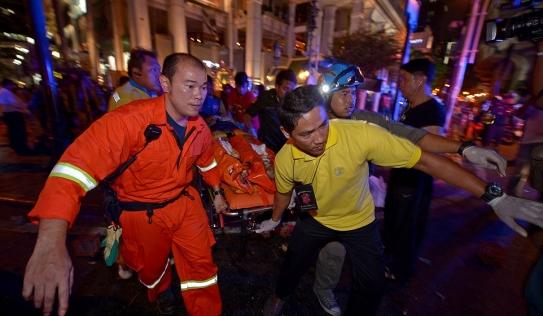 Nổ ở Bangkok: Xuất hiện người phụ nữ bí ẩn, hiện trường tang thương