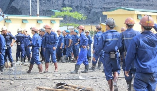 Quảng Ninh: Bục túi nước đường lò, 200 người dốc sức cứu hộ