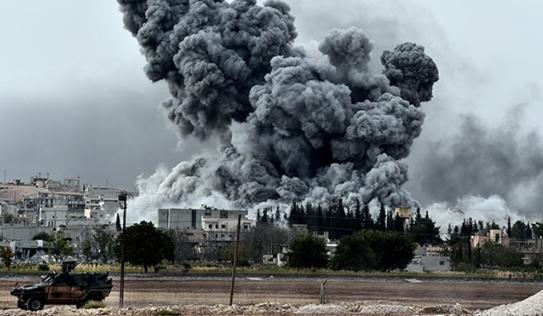 Sào huyệt IS bị xe tăng và pháo binh Syria 'nghiền nát'