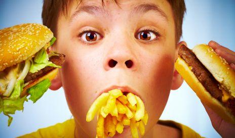 Thói quen ăn nhanh và những tác hại khôn lường
