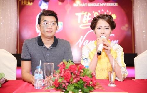 Dàn hoa hậu mừng Nam Em ra MV Tết