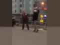 """Nam thanh niên và tài xế ô tô """"đấu dao"""" giữa phố Hà Nội"""