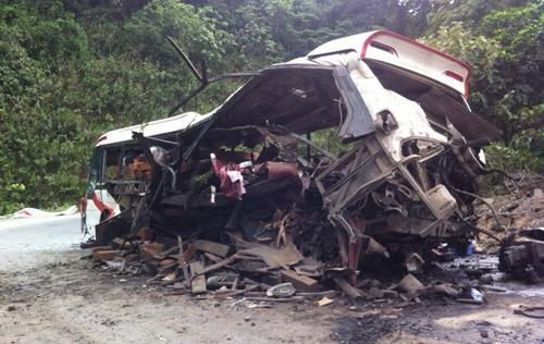 Vụ nổ xe khách tại Lào: Lãnh sự quán Việt Nam công bố thông tin chính thức