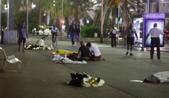 IS tuyên bố khủng bố Pháp trả thù cho cái chết của Bộ trưởng chiến tranh