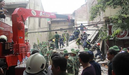 Vụ sập nhà 4 tầng ở Hà Nội: Chủ nhà từng đòi hàng xóm dừng đào móng