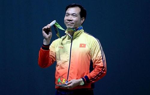 Hoàng Xuân Vinh nhận thưởng hơn 2 tỷ, nâng mức thưởng lên gần 6 tỷ đồng