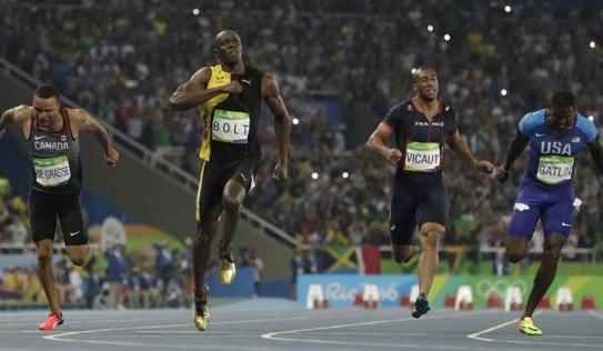 Pha bứt tốc kinh hoàng của 'tia chớp' người Jamaica tại Olympic Rio