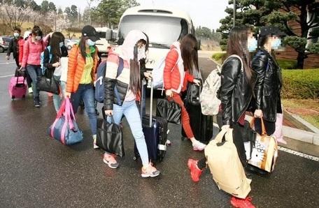 Hàn Quốc cho phép 13 người đào tẩu Triều Tiên định cư