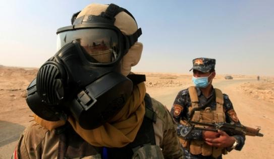 IS đốt nhà máy hóa chất, hàng trăm người nhập viện