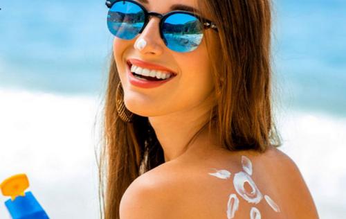 Mẹo chọn kem chống nắng hiệu quả, không gây kích ứng da