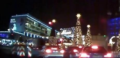 Video: Khoảnh khắc xe tải lao vào chợ Giáng sinh Đức với tốc độ 64km/h