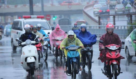 Kinh nghiệm lái xe khi đi đường trơn, trời mưa phùn