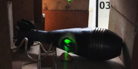 Video: Xem vũ khí laser nung chảy thép chỉ trong vài giây