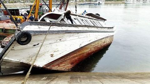 Thêm một tàu du lịch ở đảo Tuần Châu bị chìm