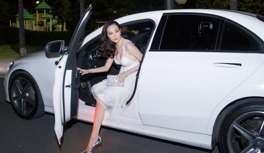 Hoa hậu Đông Nam Á Diệu Linh tự lái xe tiền tỷ đi sự kiện