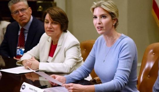 Cô cả nhà Trump thay cha điều hành phiên họp tại Nhà Trắng