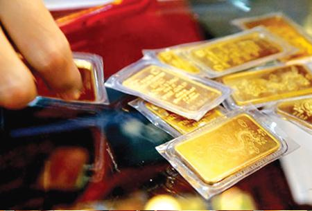 Giá vàng hôm nay 24/5/2017: Tăng mạnh, đồng USD chấm dứt đợt giảm giá