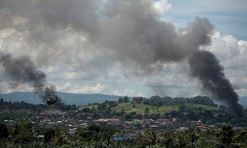 Chiến đấu cơ, pháo binh Philippines tấn công dữ dội phiến quân cố thủ ở Marawi