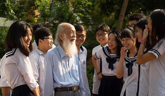 Hôm nay, PGS Văn Như Cương 'về thăm trường' lần cuối
