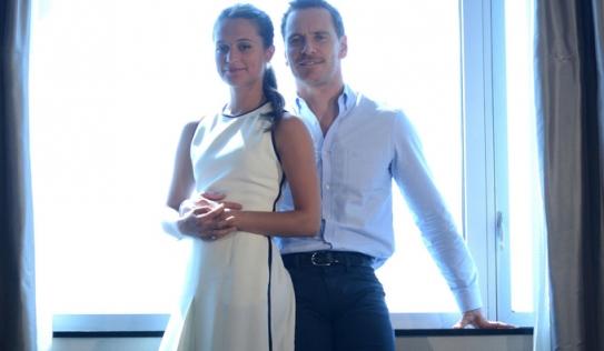 Tài tử 'X-Men' kết hôn với nữ diễn viên Alicia Vikander