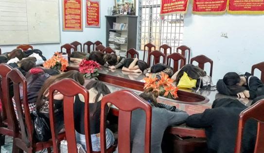 Phá ổ mại dâm cao cấp chuyên phục vụ khách Trung Quốc trong khách sạn 4 sao