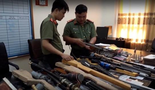 Triệu tập 28 nghi can mua bán vũ khí trái phép ở Thái Bình