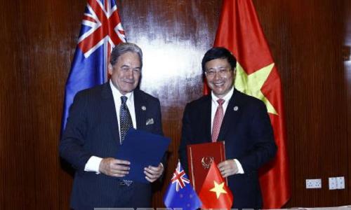 New Zealand hỗ trợ Việt Nam nửa triệu USD khắc phục hậu quả bão số 12