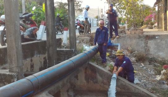 Phát hiện thi thể nam kỹ sư nằm trên đường ống thoát nước thải công ty