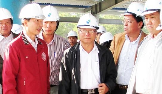 Cho thôi việc, cách chức 3 người thân nguyên Chủ tịch tỉnh Gia Lai
