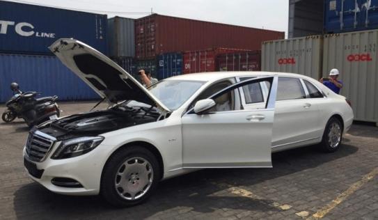 Lộ diện chủ nhân siêu xe Maybach S600 Pullman mới về Việt Nam
