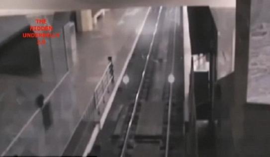Xôn xao về 'đoàn tàu ma' xuất hiện tại nhà ga Trung Quốc