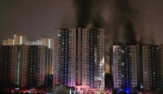 Sau vụ cháy chung cư Carina Plaza làm 13 người chết, Bộ Xây dựng chỉ đạo 'nóng'