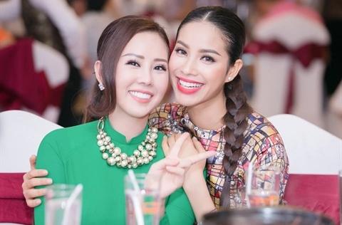Hoa hậu Thu Hoài: 'Tôi và Phạm Hương chơi không hợp thì nghỉ chơi thôi'